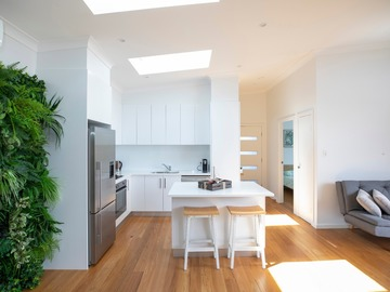 Renting out with online payment: Open Kitchen