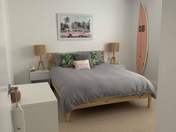 Renting out with online payment: Spacious & Bright Bedroom