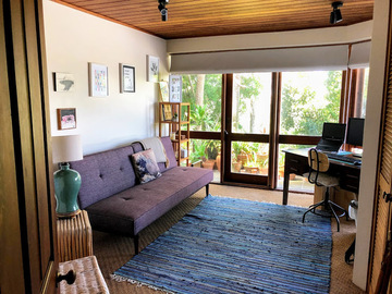 Renting out with online payment: Workspace With Sofa and Outdoor Access