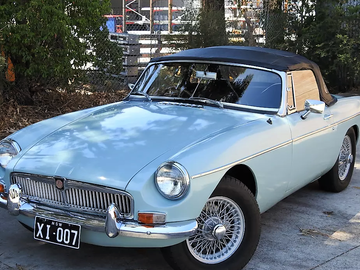 Renting out with online payment: Automatic 1968 MGB Roadster