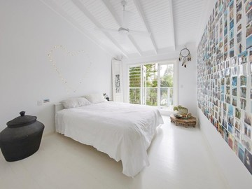 Renting out with online payment: Large Contemporary Bedroom