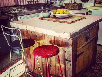 Renting out with online payment: Rustic kitchen