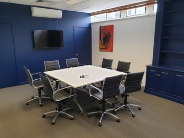 Renting out with online payment: Office Workspace/Boardroom