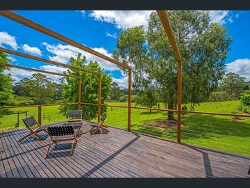 Renting out with online payment: Large Deck with a Rural Valley Views