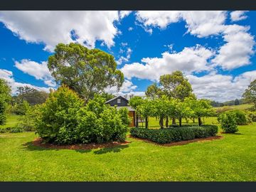 Renting out with online payment: Stunning Garden