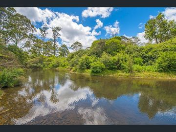 Renting out with online payment: Tranquil River Area