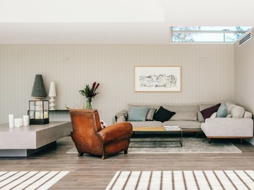 Renting out with online payment: Airy and Spacious Lounge Area