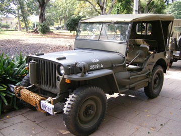 Renting out with online payment: Military Jeep