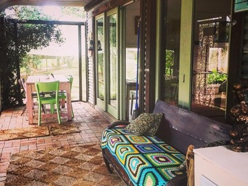 Renting out with online payment: Country Verandah