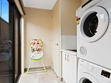 Renting out with online payment: Fully Equipped Laundry Facilities For Your Convenience