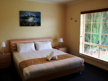Renting out with online payment: Very Spacious Bedroom