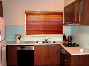Renting out with online payment: Fully Equipped Kitchen with Modern Appliances