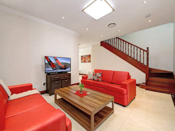 Renting out with online payment: Comfortable Lounge Area
