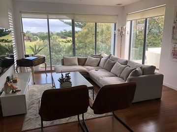Renting out with online payment: Large Living Area with Outdoor Access and Views