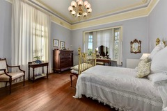 Renting out with online payment: Bedroom in Federation Mansion