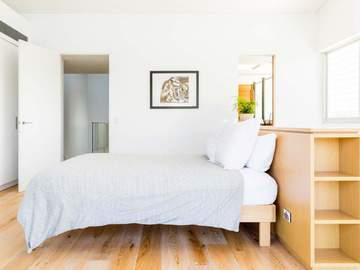Renting out with online payment: Bedroom with Twin Size Bed and Ensuite Bathroom