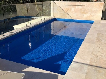 Renting out with online payment: Beautiful pool with view