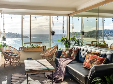 Renting out with online payment: Beautiful Lounge Area with Ocean Views