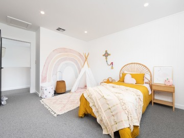 Renting out with online payment: Child's Bedroom with a Teepee