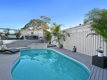 Renting out with online payment: Cool Pool