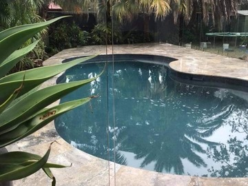 Renting out with online payment: Beautiful pool