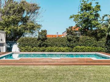 Renting out with online payment: Pool and Sun Loungers