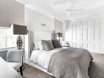 Renting out with online payment: Large Elegant Bedroom