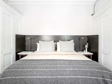Renting out with online payment: Bedroom with King Size Bed