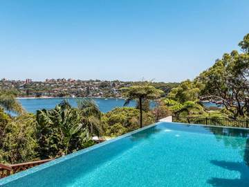 Renting out with online payment: Infinity Pool