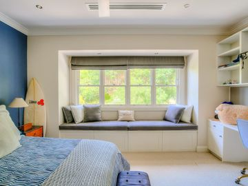 Renting out with online payment: Bedroom with a Daybed