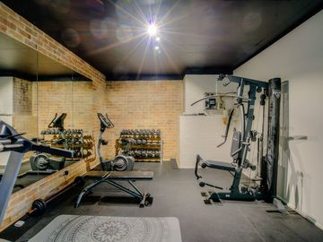 Renting out with online payment: Exercise Room