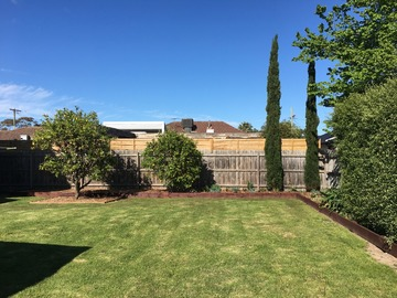 Renting out with online payment: Rear Garden