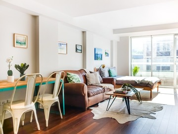 Renting out with online payment: Top Floor Loft