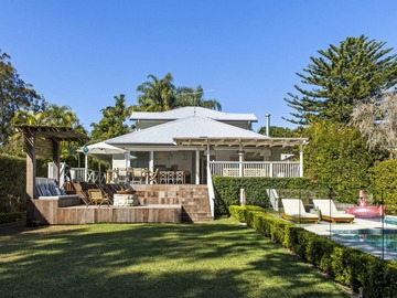 Renting out with online payment: Family Holiday Home