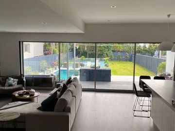 Renting out with online payment: Living Room with Garden and Pool View