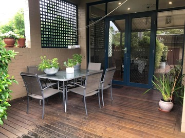 Renting out with online payment: Alfresco Dining