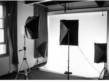 Renting out with online payment: Studio with Equipment