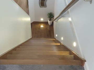 Renting out with online payment: Timber Staircase with lights