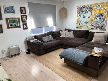 Renting out with online payment: Front Living Room