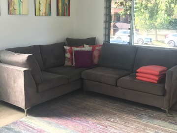 Renting out with online payment: Comfy Lounge Area