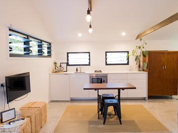 Renting out with online payment: Kite Shed Kitchen Area