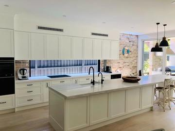 Renting out with online payment: Hampton's Style Kitchen