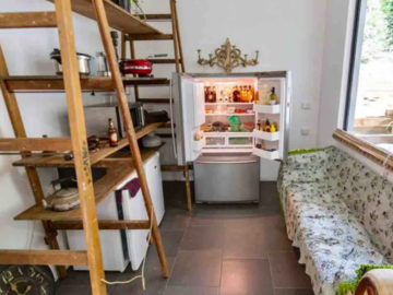 Renting out with online payment: Delightful kitchen