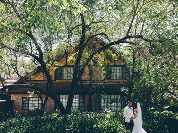 Renting out with online payment: Ceremony at the Hills Lodge
