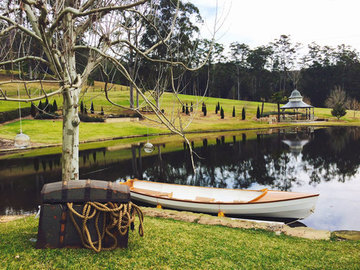 Renting out with online payment: Ceremony in the Beautiful Somersby Pebble by the Lake