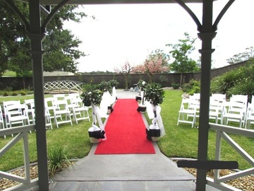 Renting out with online payment: Garden Wedding