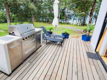 Renting out with online payment: Terrace with a barbecue