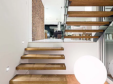Renting out with online payment: Floating Timber Staircase