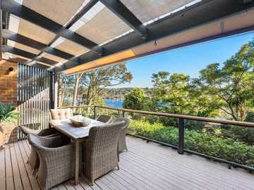 Renting out with online payment: Large Outdoor Entertainment Balcony with Seating Areas