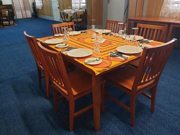 Renting out with online payment: Six Seater Dining Area